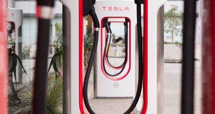 Tesla Bitcoin ile Ödeme Almayacak